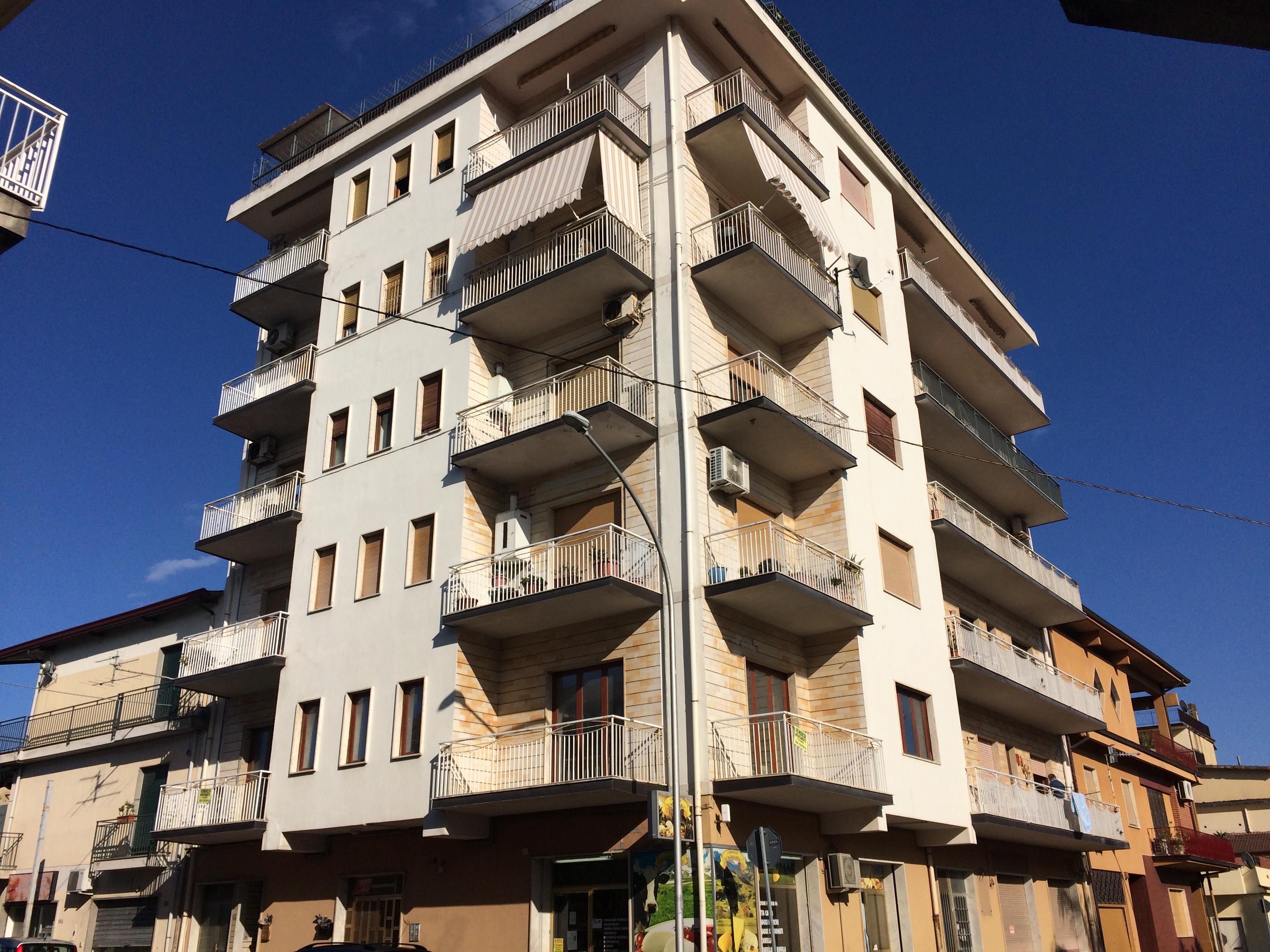 Appartamento centrale a Bovalino