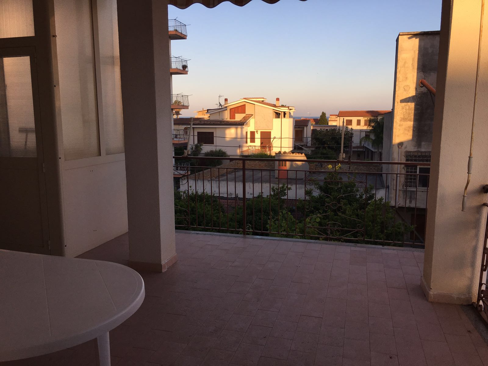 AFFITTO ESTIVO – Appartamento Piano Secondo