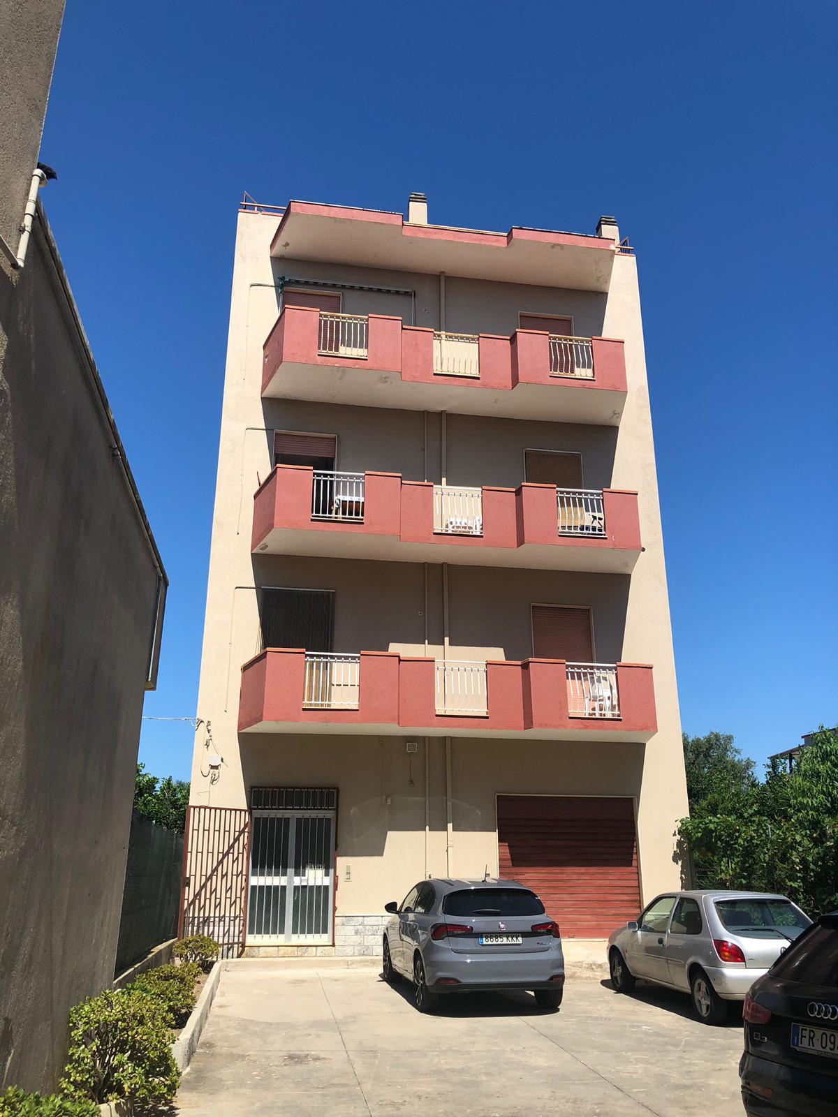 Appartamento in Strada Statale 106