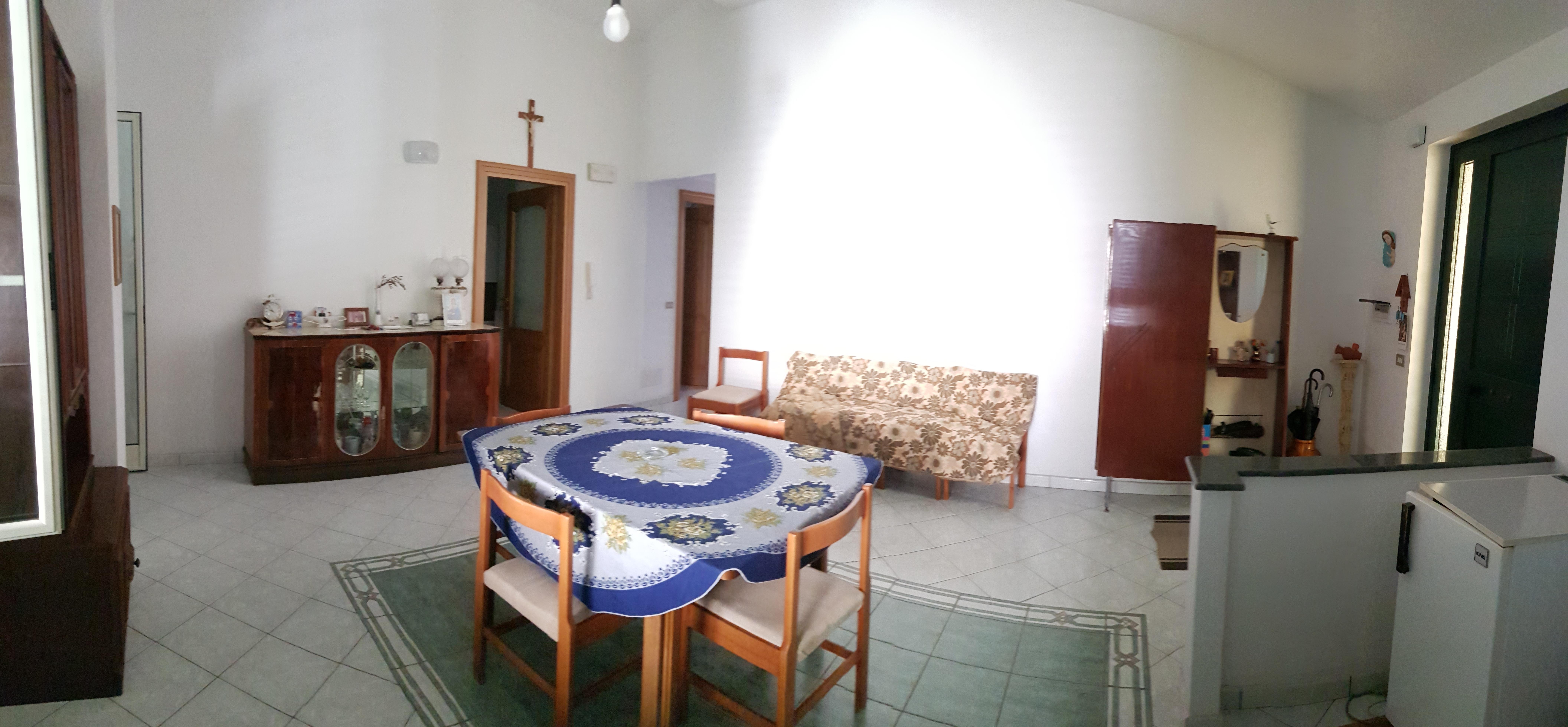 Casa Indipendente in via Timpi, 9 – Roccella Jonica